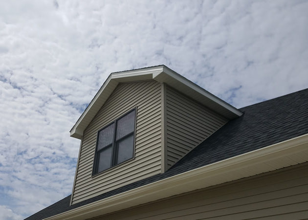 Roofing Contractor House Crafter S Of Buffalo Amp Western